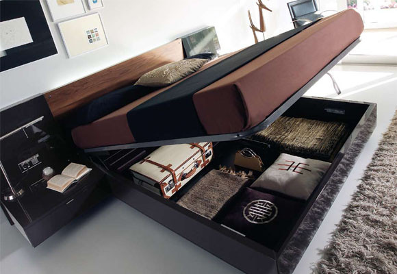 Bed box end with storage space