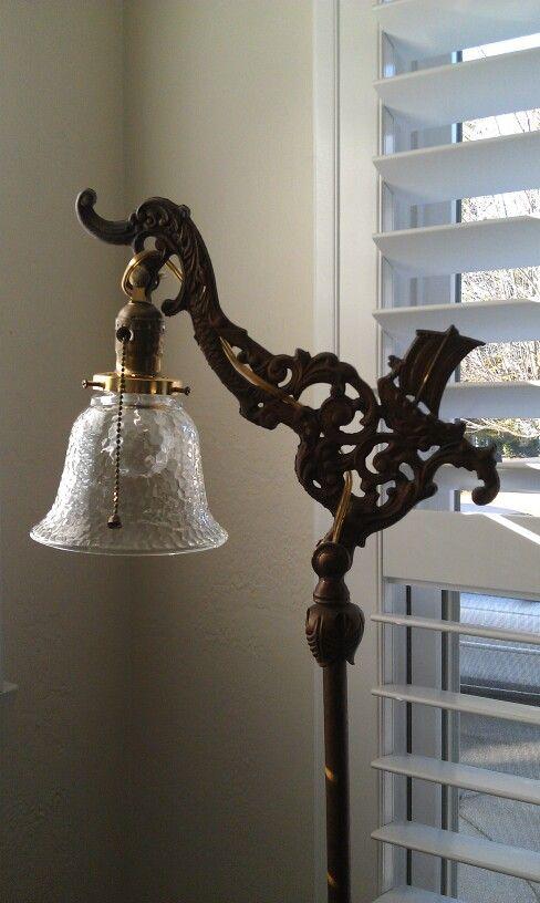 Antique floor lamps bring vintage breath to your home interior