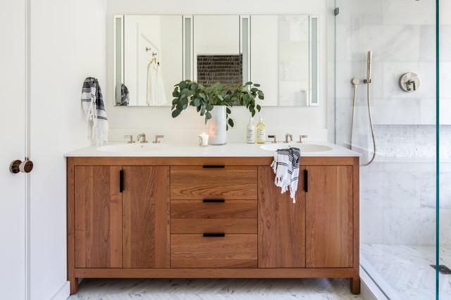 Choosing new bath storage cabinets and vanities